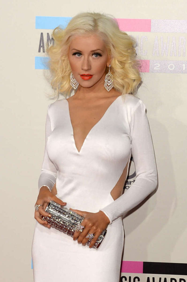 Aguilera at the 2013 American Music Awards.