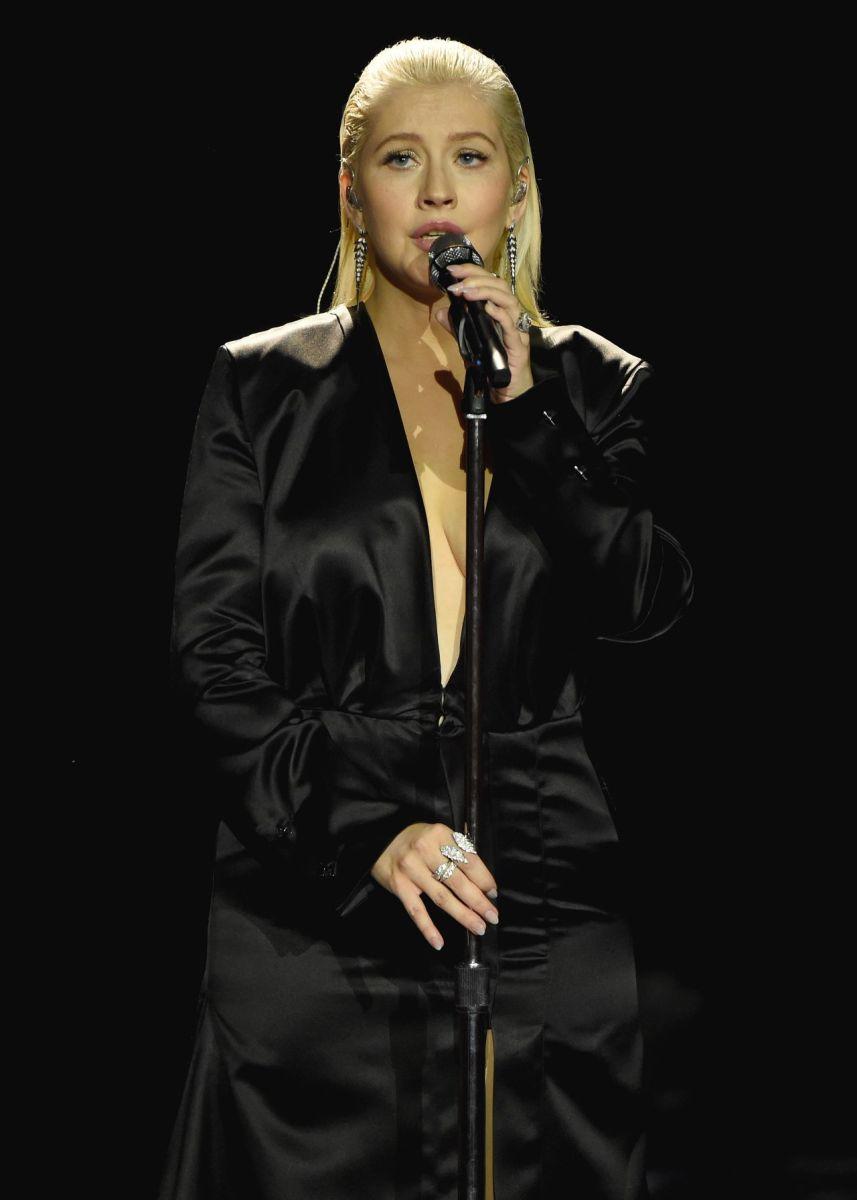 Christina performing at the 2017 American Music Awards.