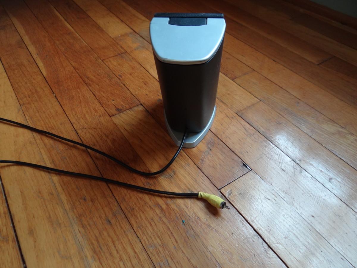 Logitech computer speaker has a RCA cable.