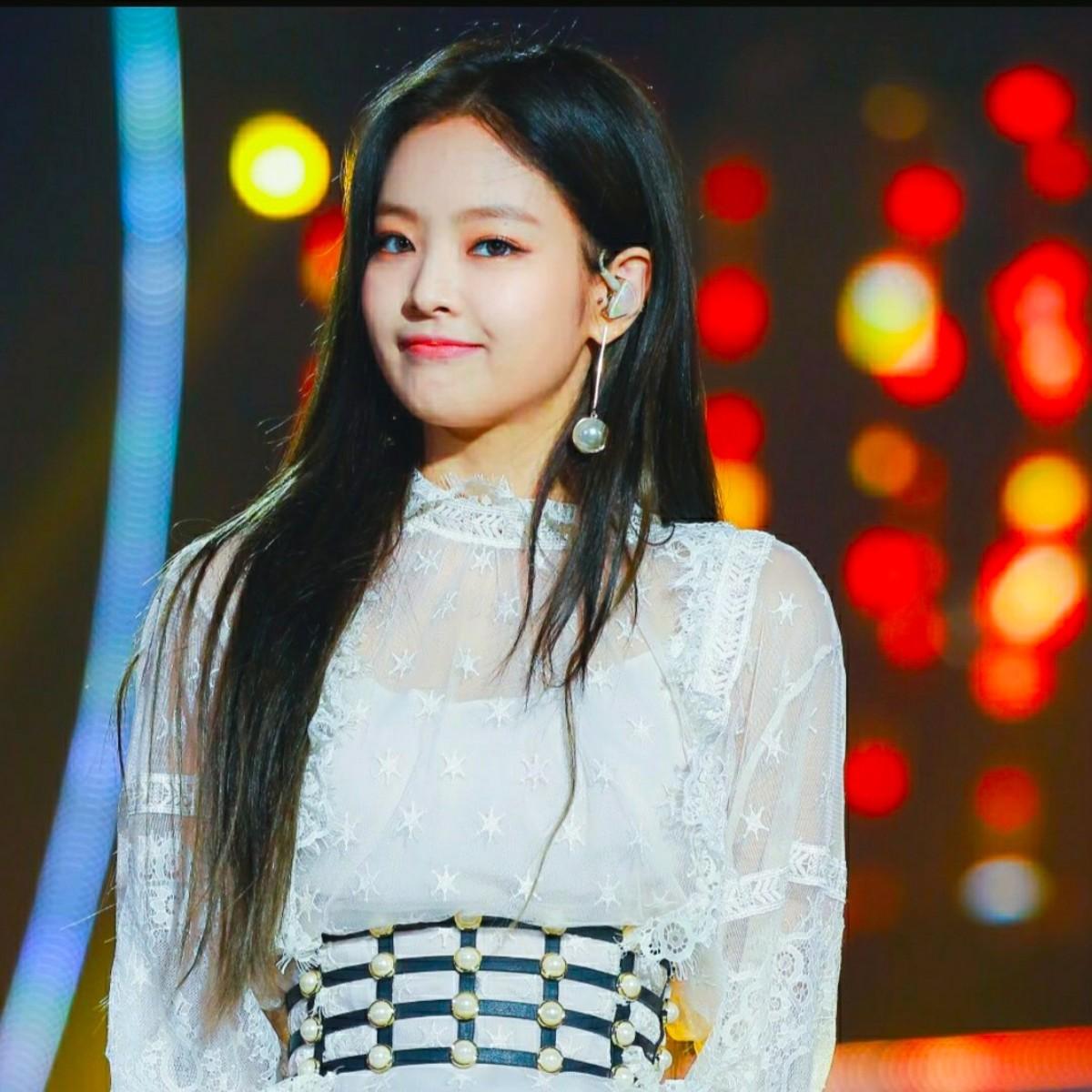 blackpinks-jennie-kim-profile-and-facts