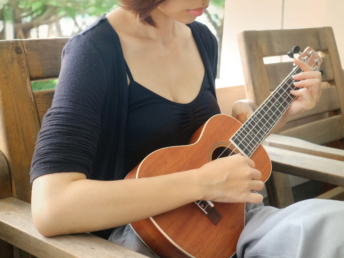Playing ukulele is a great way to relax.
