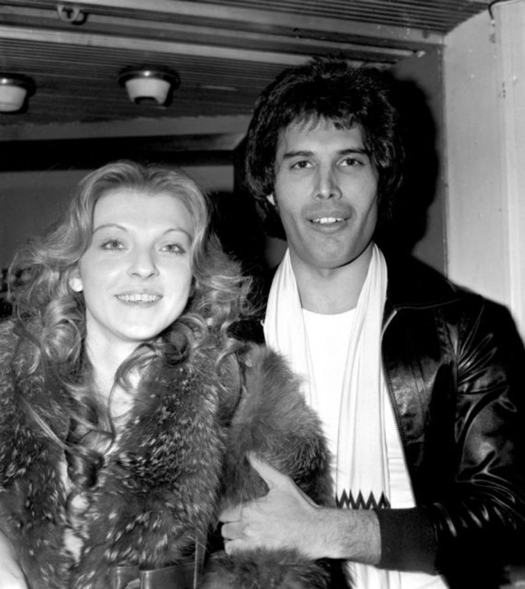 Starstruck lovers. (Photo: Monitor Picture Library/Photoshot/Getty Images)