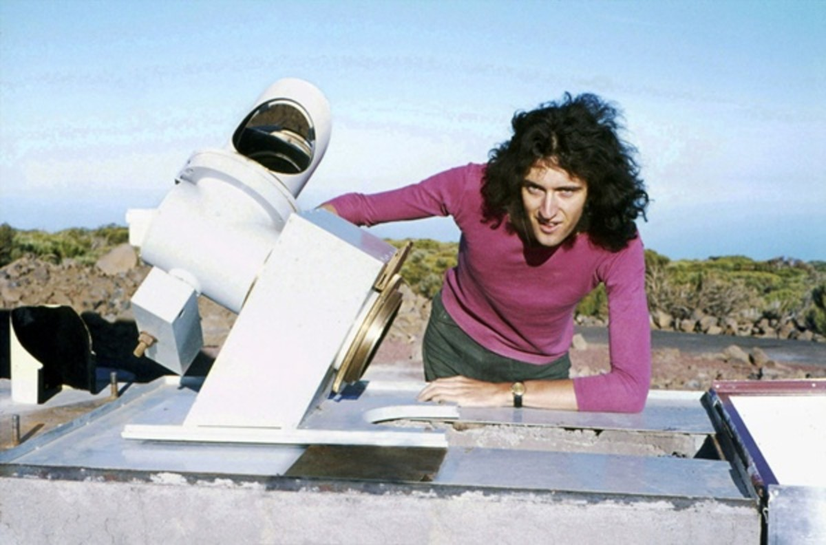 A young Brian May working on his thesis at Tenerife Observatory, before he would have to put his studies on hold.