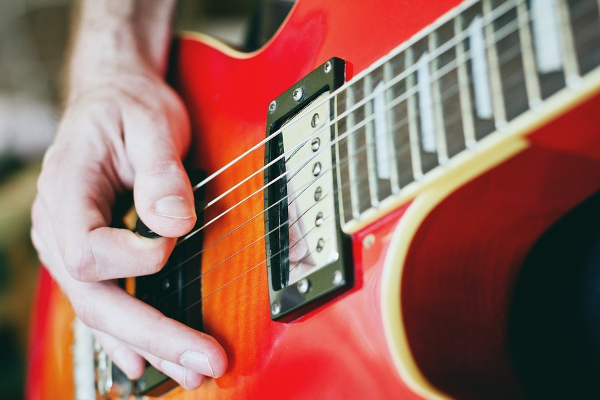 3-guitar-playing-tips-to-have-better-tone-without-using-pedals-or-amps