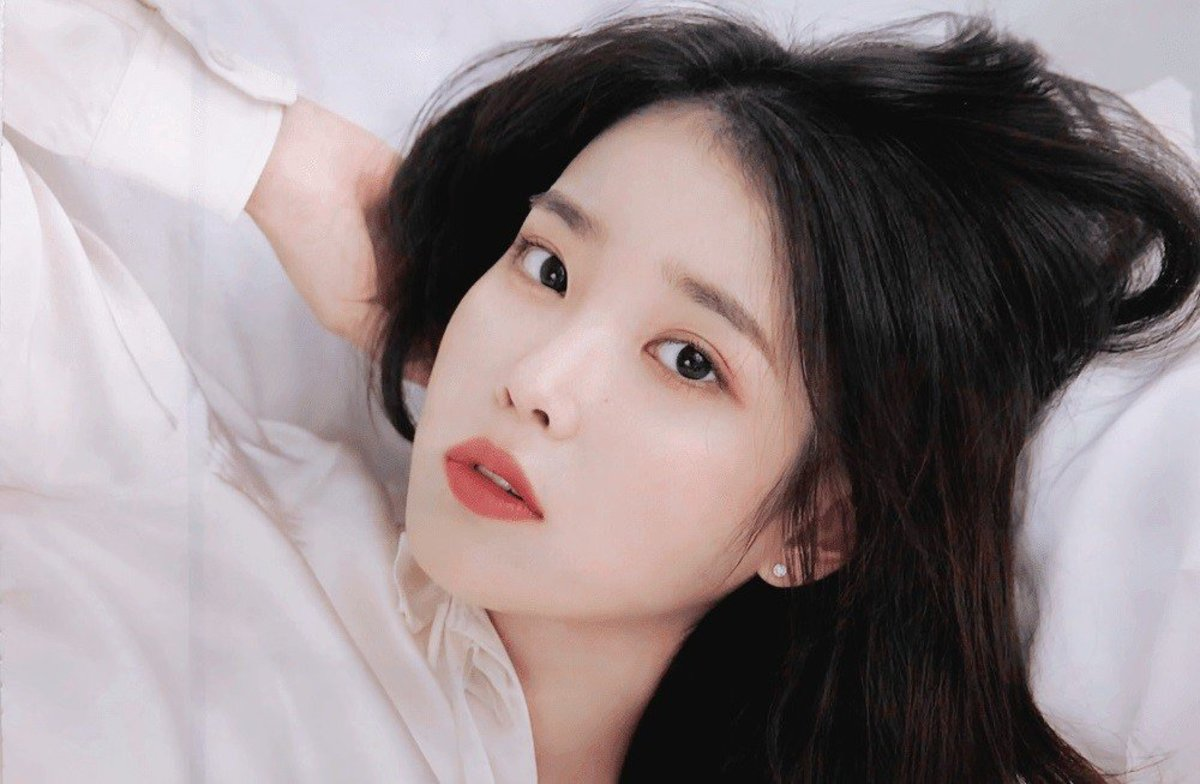 IU | Top 10 K-Pop Female Solo Artists