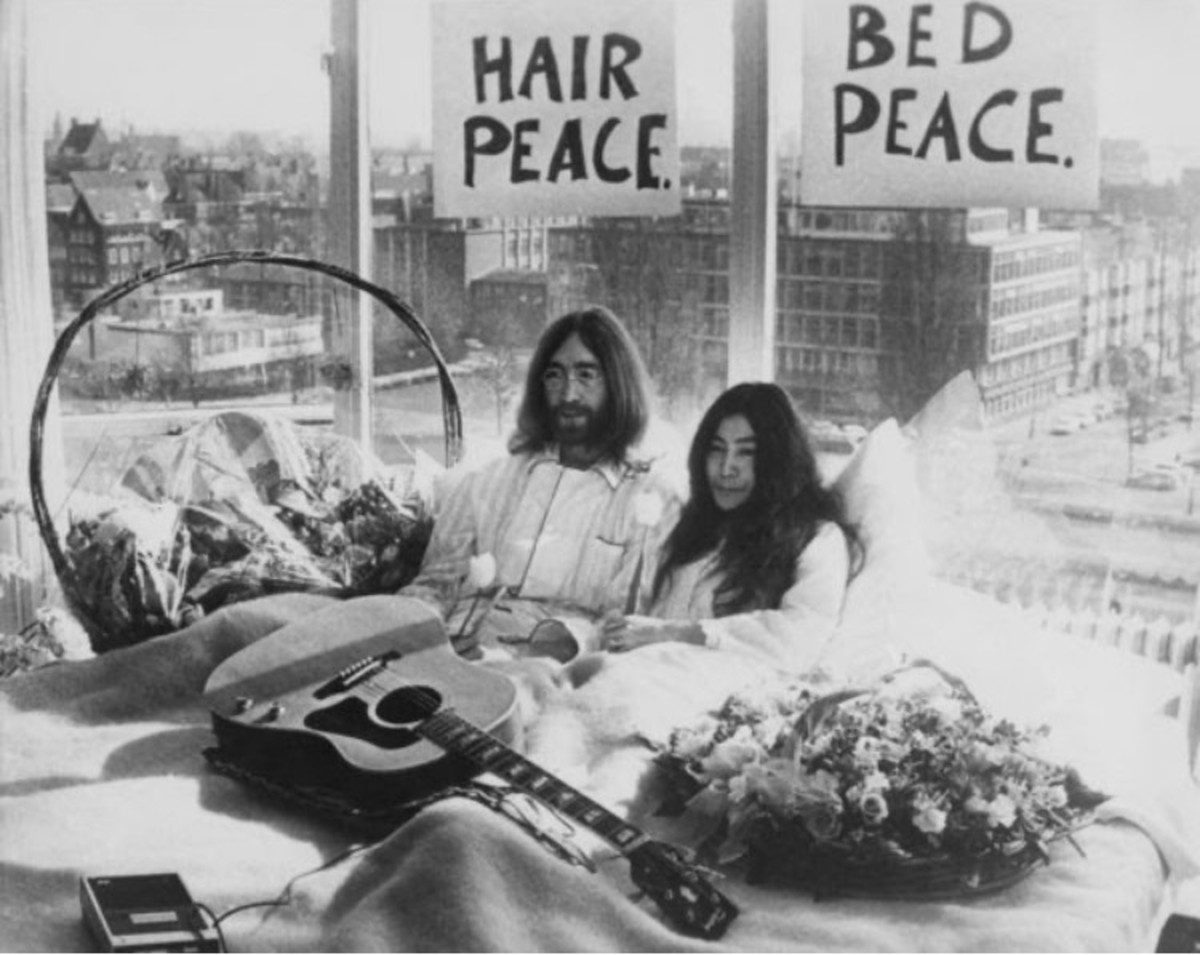 John Lennon at the famous bed in for peace in Amsterdam with Yoko Ono