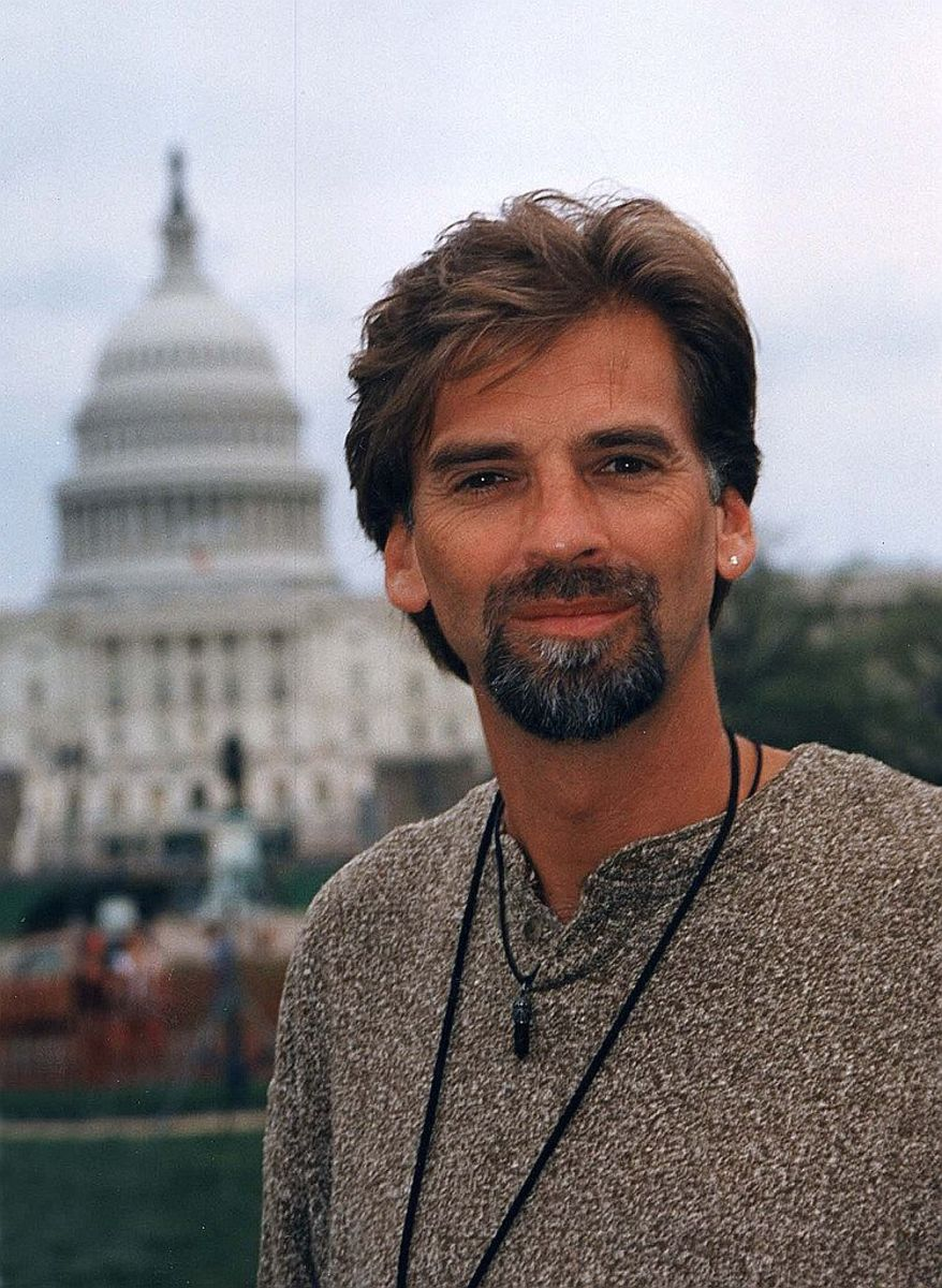Kenny Loggins in 1995