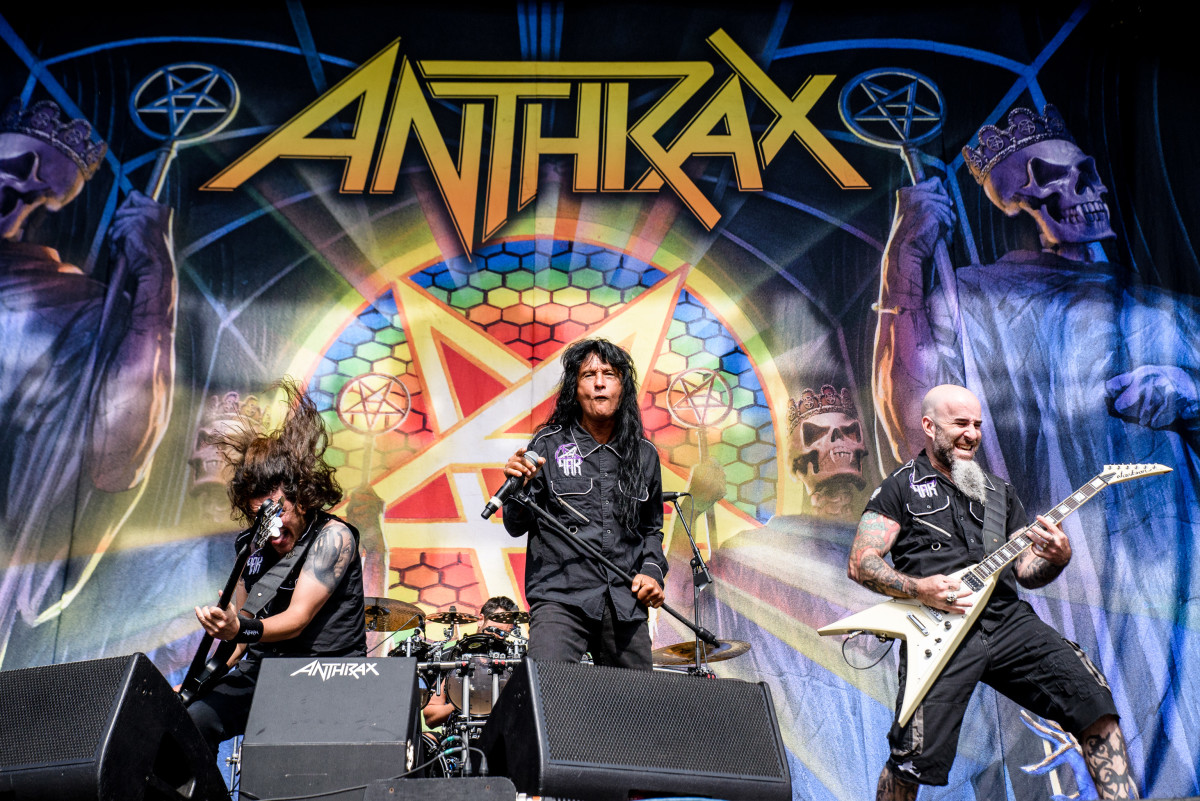 Anthrax live in concert