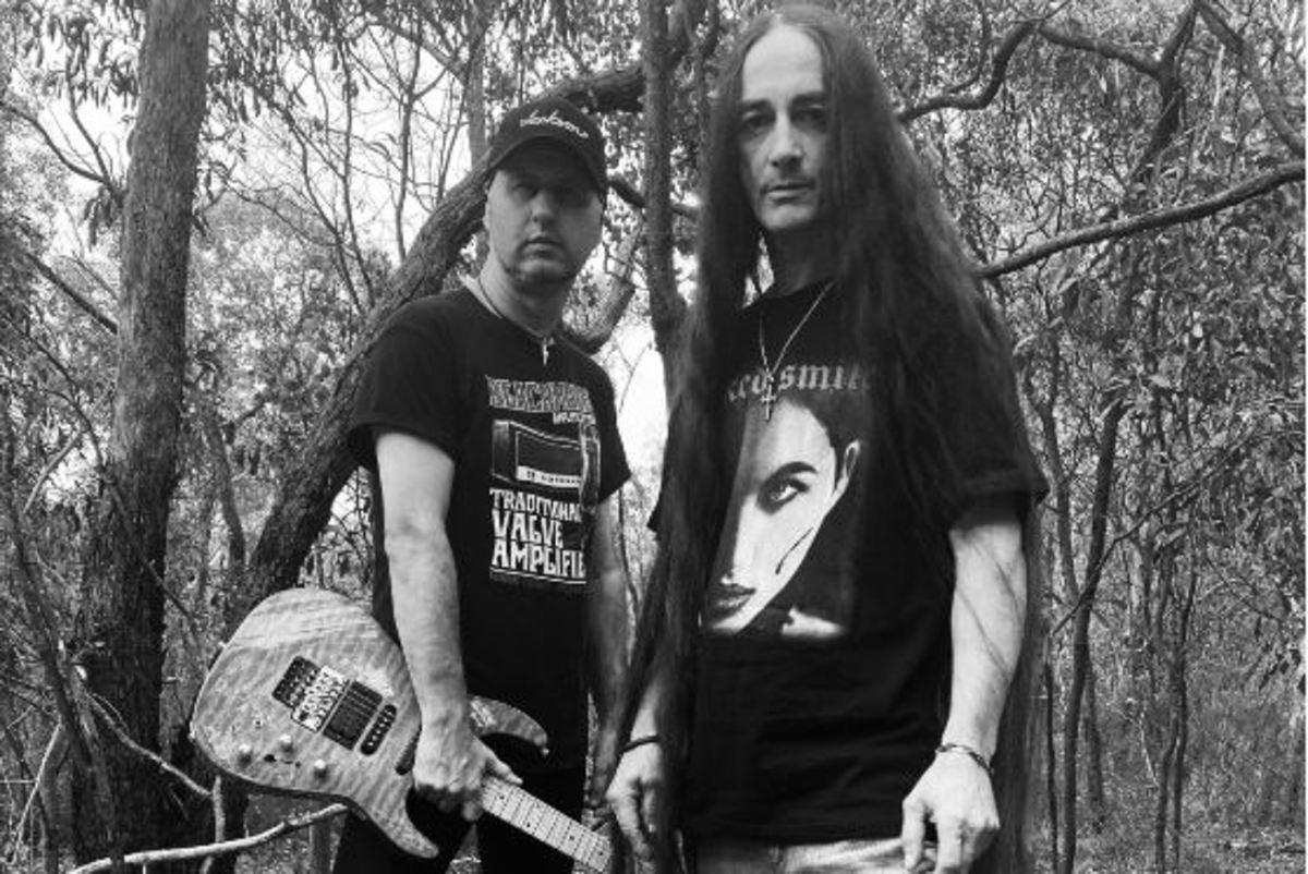 L-R: Stevie Janevski (guitars), Danny Cecati (vocals)