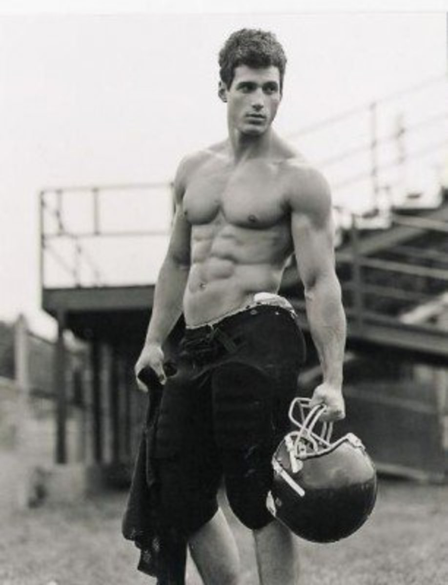 so-you-want-to-date-a-famous-football-player