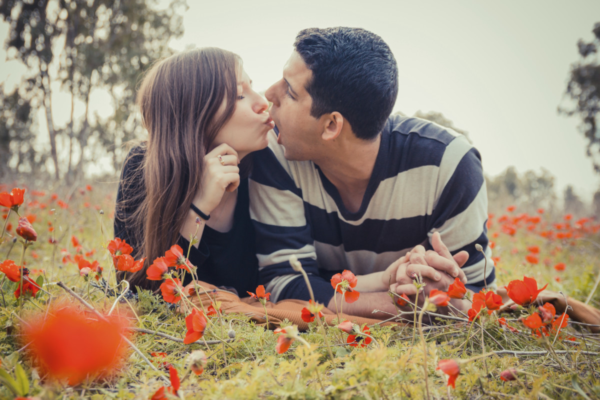 how-to-kiss-all-types-of-kisses
