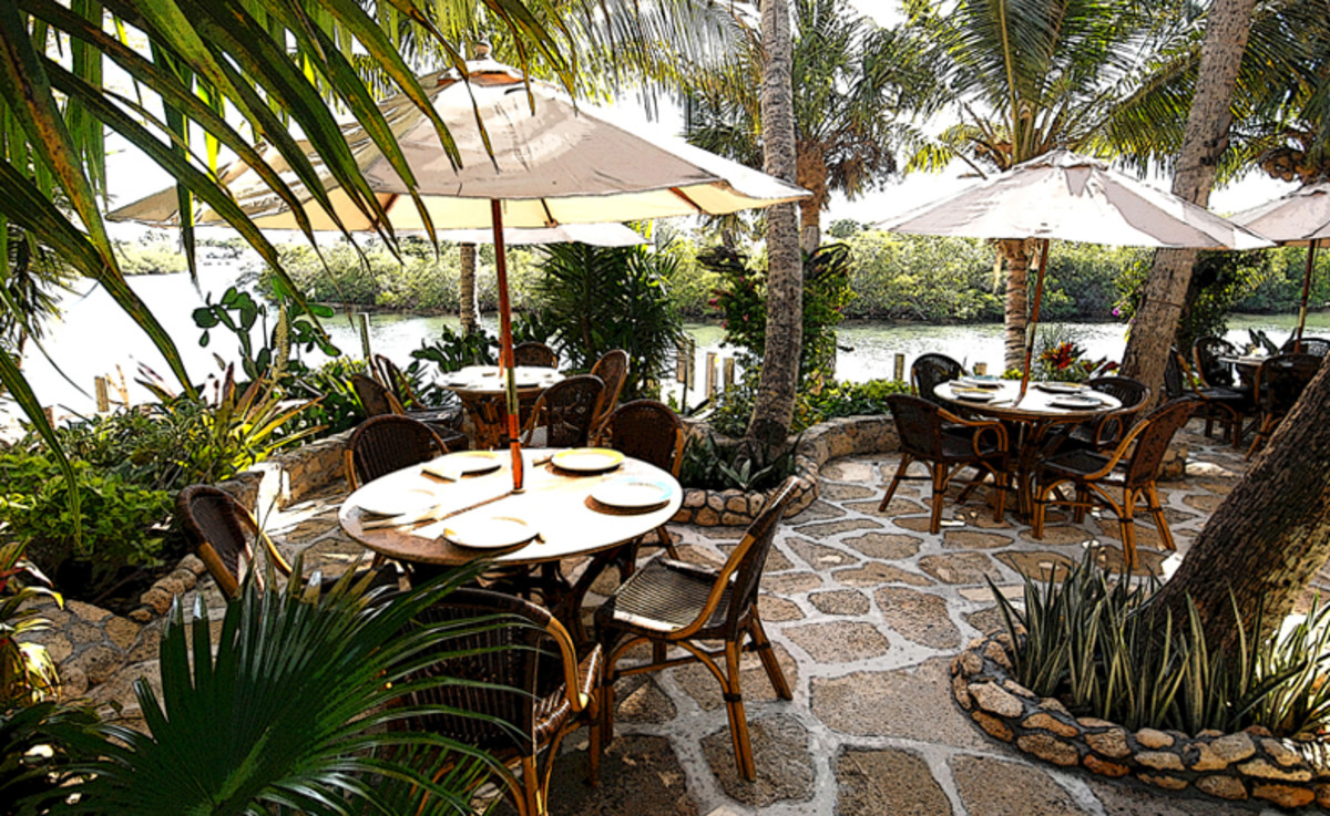 Guanabana's outdoor tiki bar and restaurant right on the Jupiter River