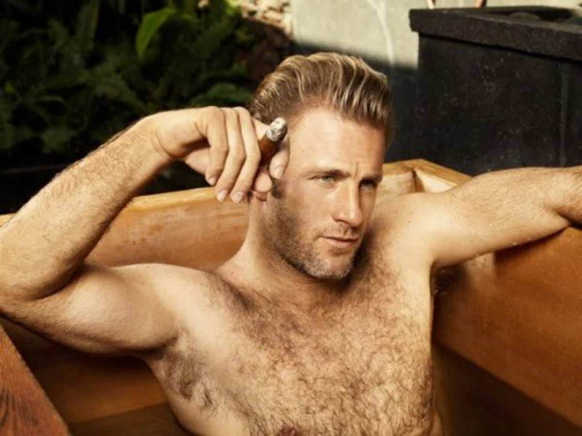 Scott Caan Has Otter-Like Features