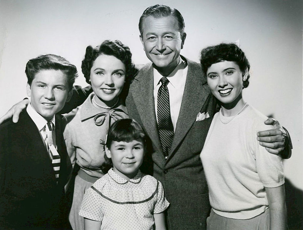The cast of Father Knows Best.