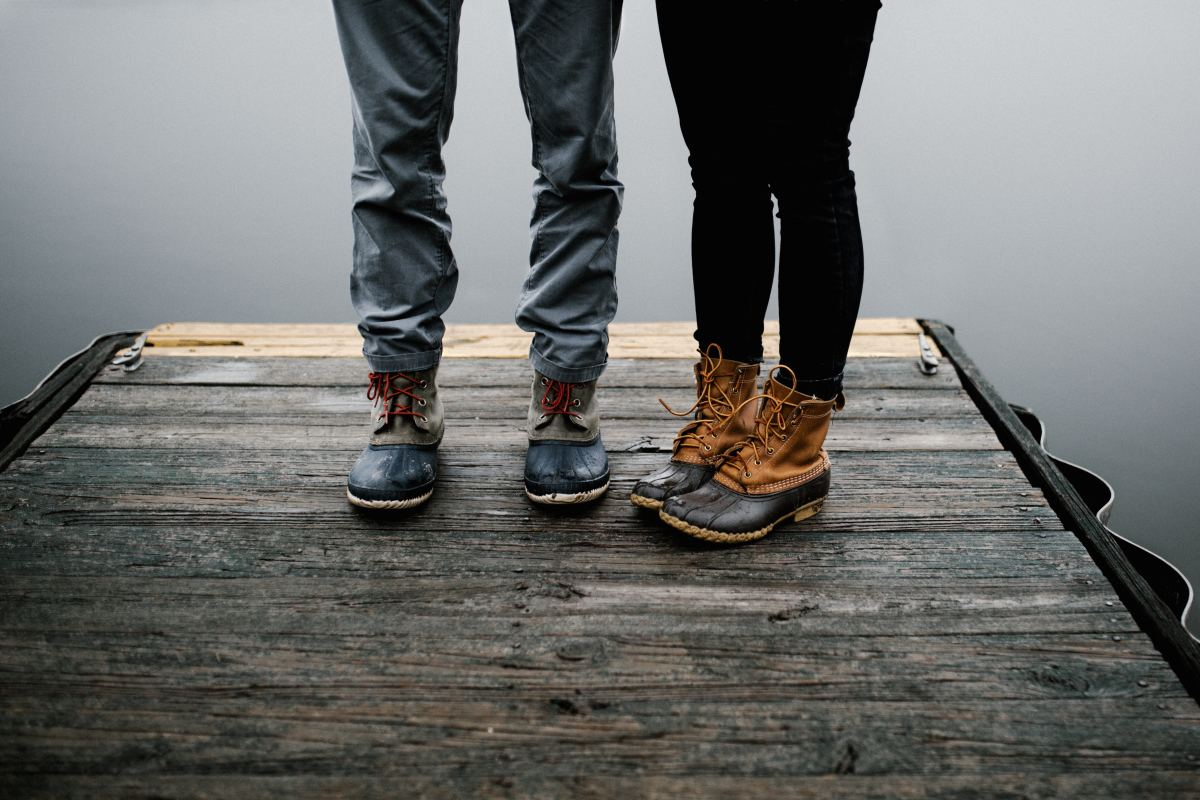 Can't tell if he likes you? Look at his feet—if they're pointed away from you, he may not be interested.