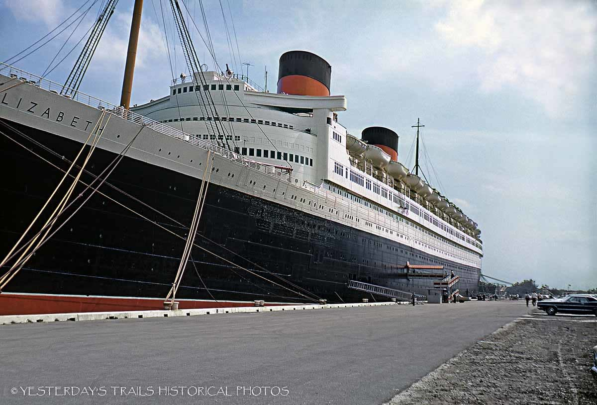 RMS Queen Elizabeth open for tourists in 1969.