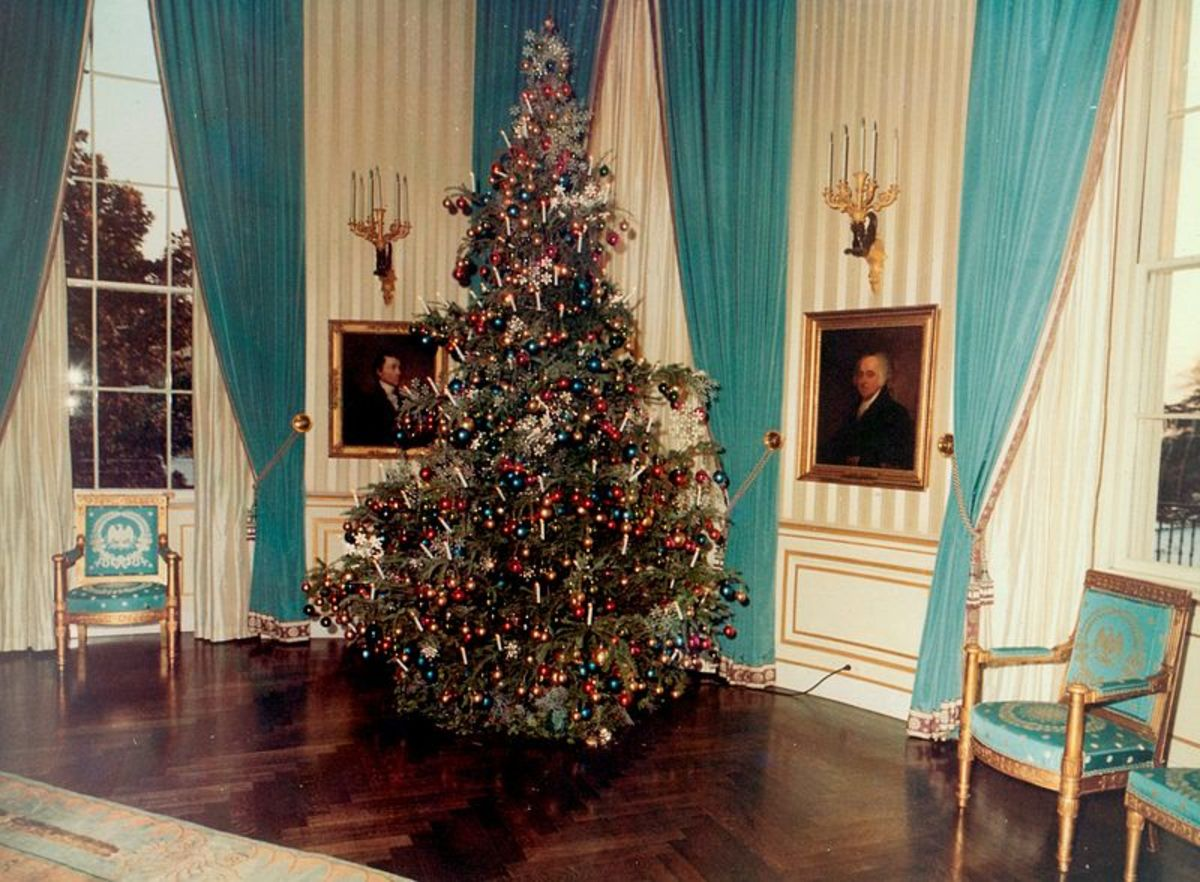 Mrs. Johnson's 1963 tree just after President Kennedy's assassination.