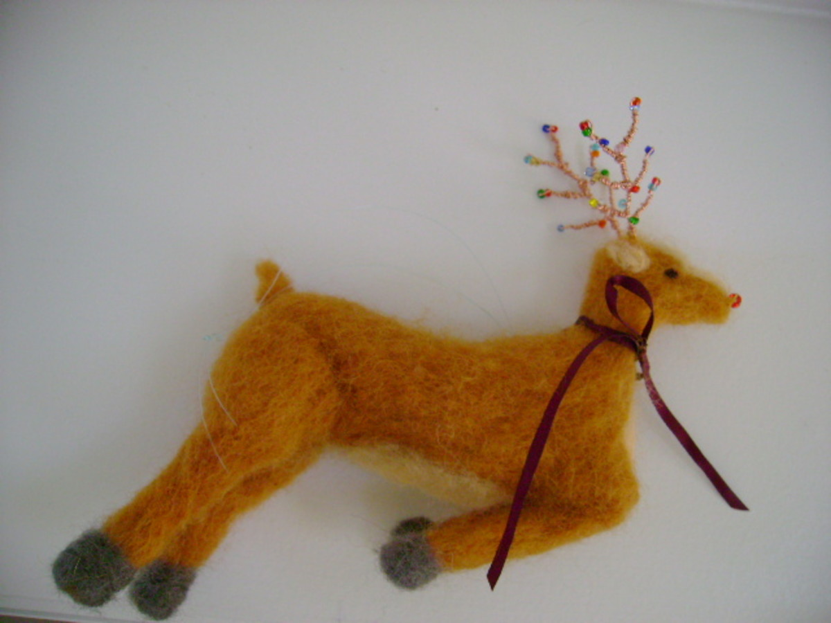 Completed DIY Reindeer Ornament (c) purl3agony 2012