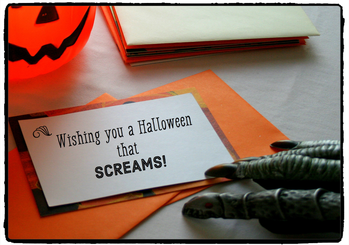 The Skeleton Laughed At This Halloween Card Message. It Tickled His Funny  Bone.