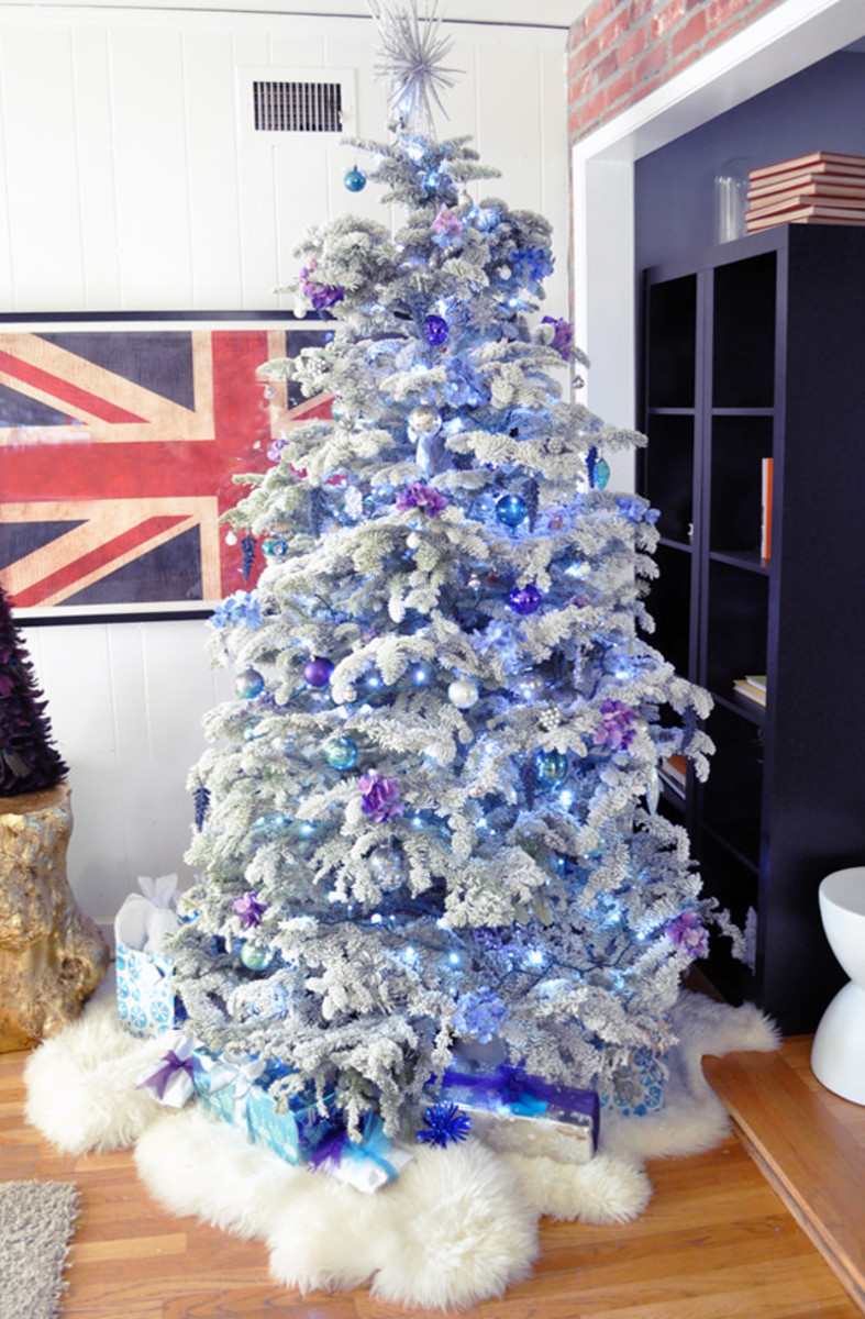 A flocked Christmas tree will have the look of a tree lightly covered in snow.