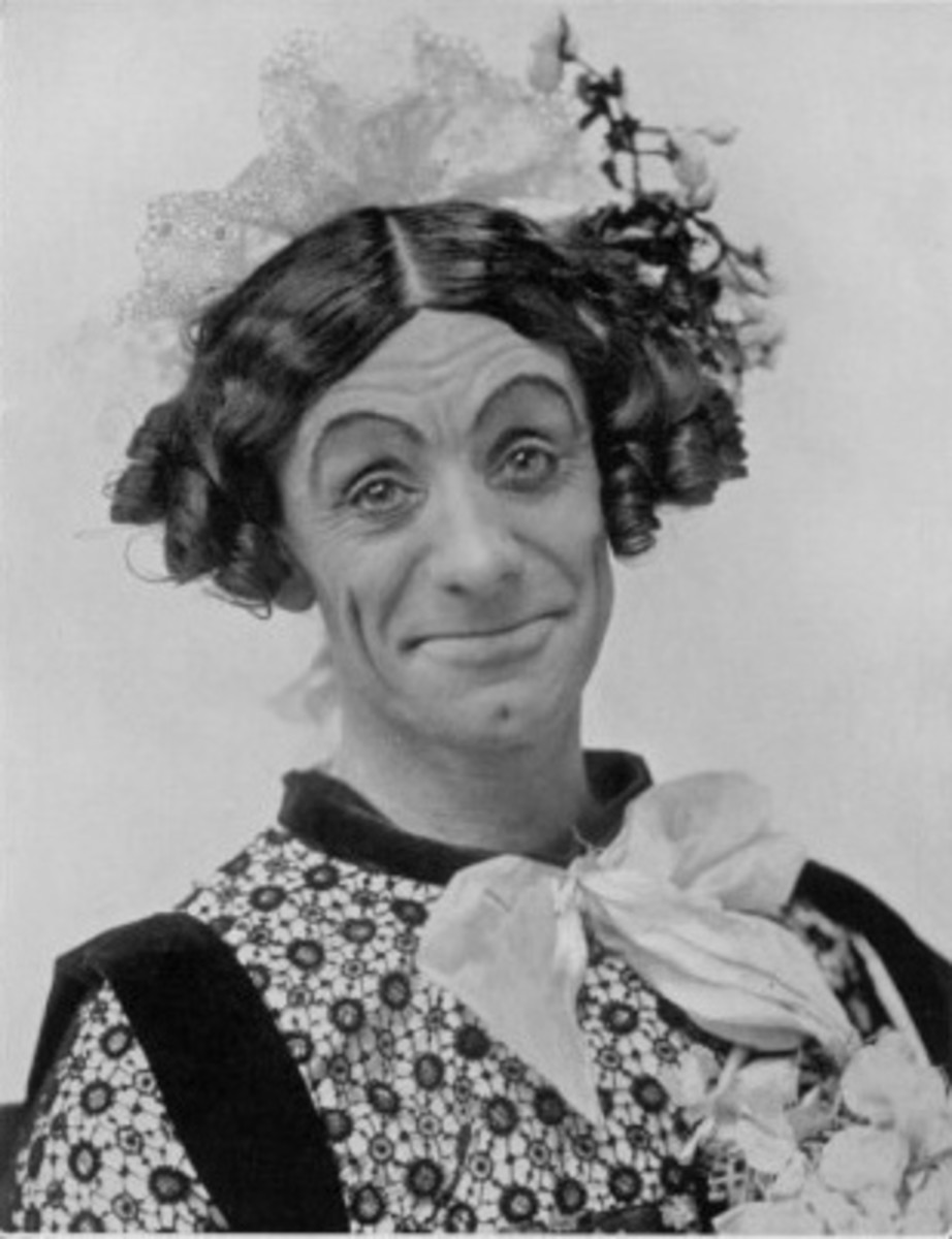 Dan Leno dressed as the dame character
