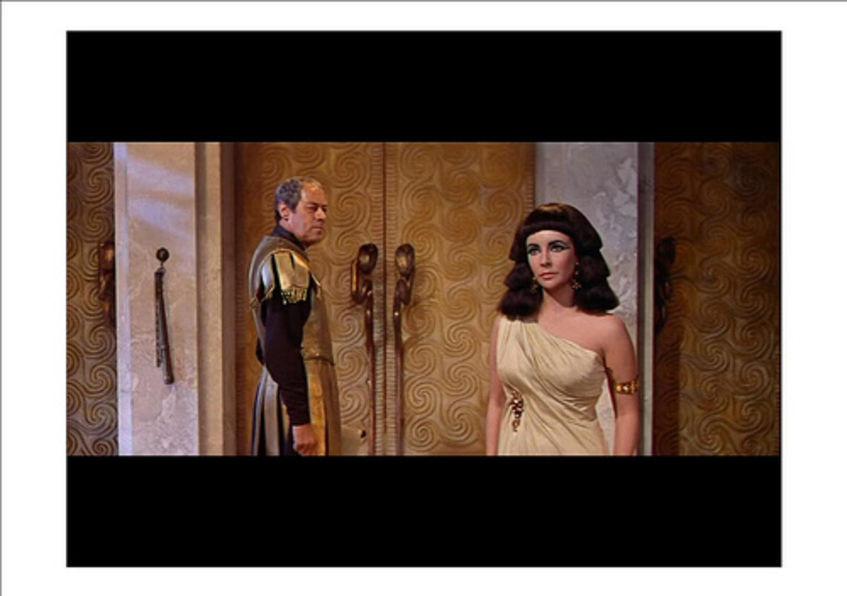 Elizabeth Taylor in Cleopatra (1963)  by Hollywood Fashion Vault, CC, some rights reserved, via Flickr
