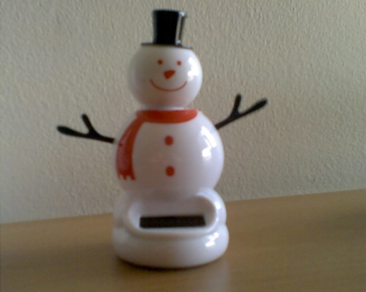Dance, Mr. Snowman, dance!