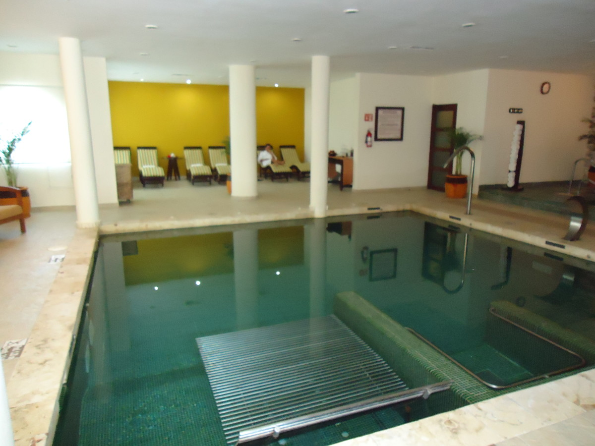 Spa facilities included