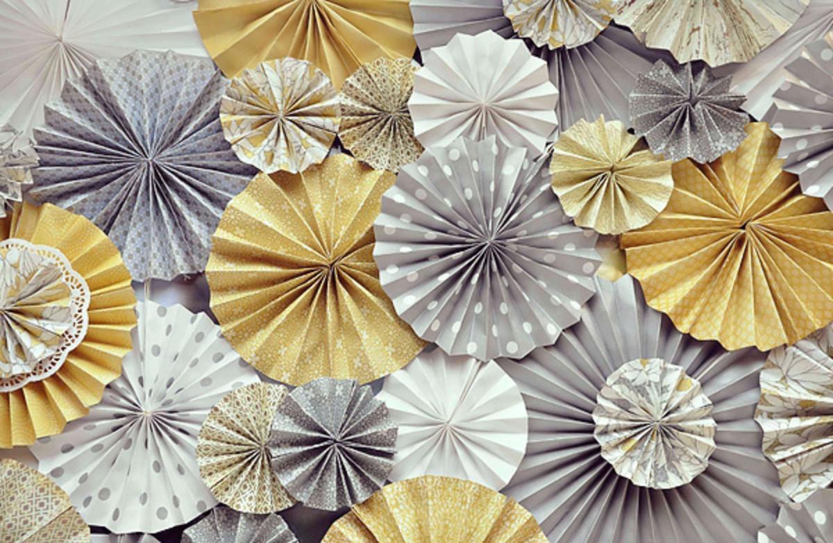 Gorgeous scrapbook starbursts.