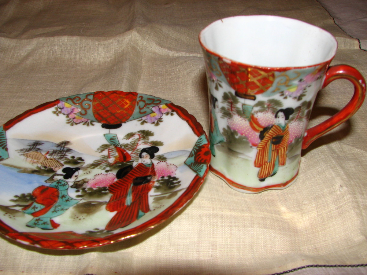Geisha teacup by Unknown maker