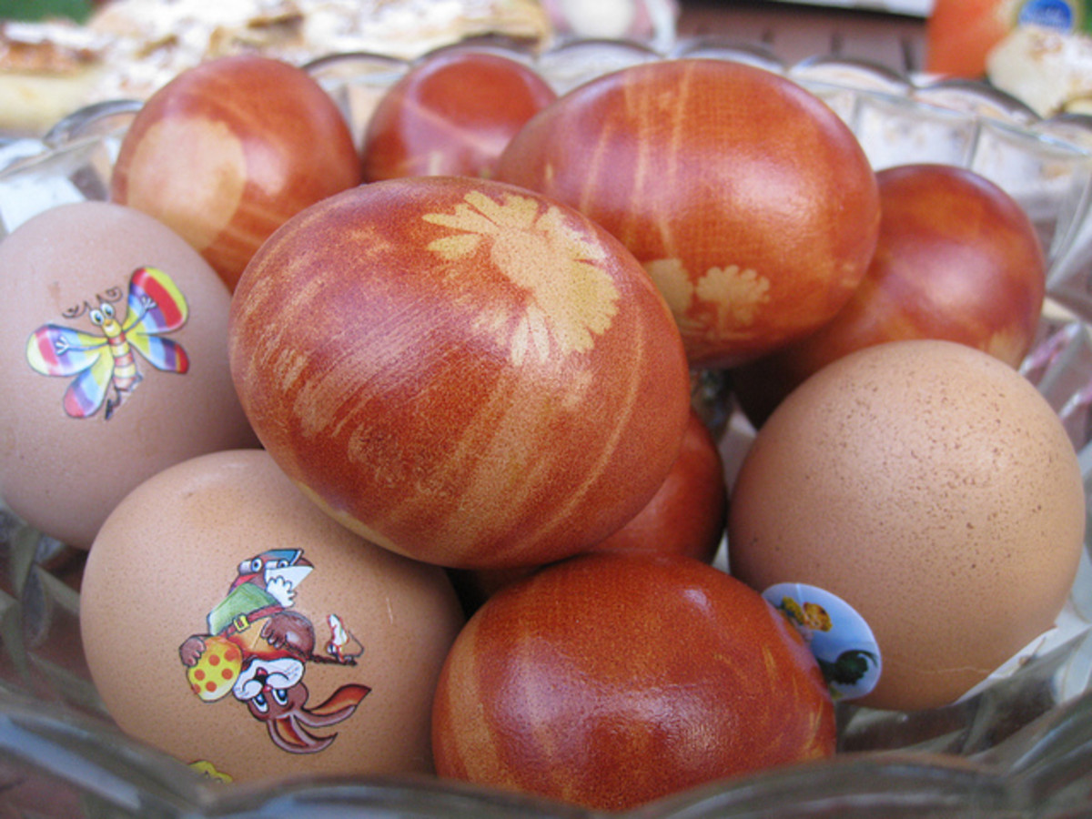 Naturally-dyed Easter eggs, combined with brown eggs with stickers, are adorable for Easter.
