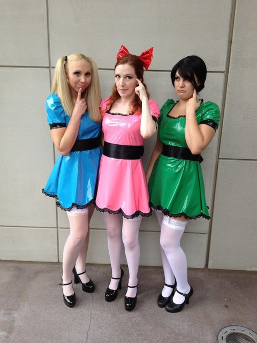 Powerpuff girls is a really simple costume idea for three girls.
