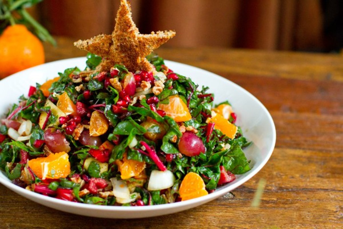 A vibrant salad that's truly fit for a Christmas Eve feast!