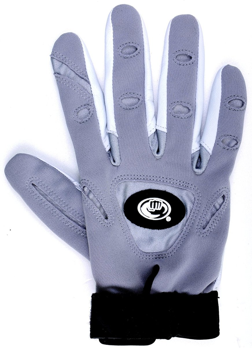 A bionic glove for tennis. Perspiration is absorbed and evaporated via the mini-towels inside the glove and the special cooling material on the back of the hand.
