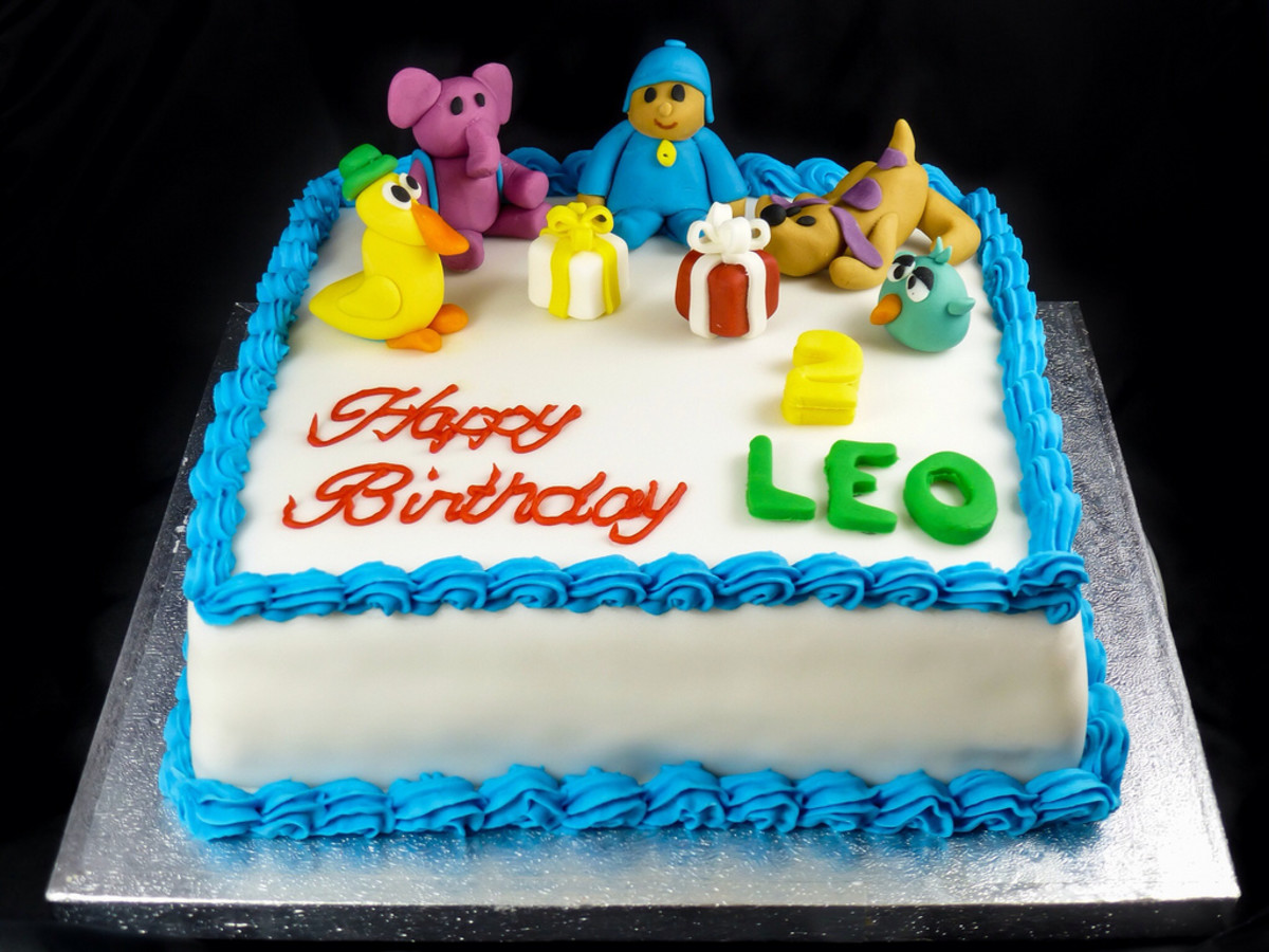 Cake with lots of animals.