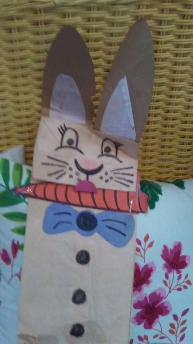 Making bunny puppets sparks the imagination and leads to hours of imaginative play.