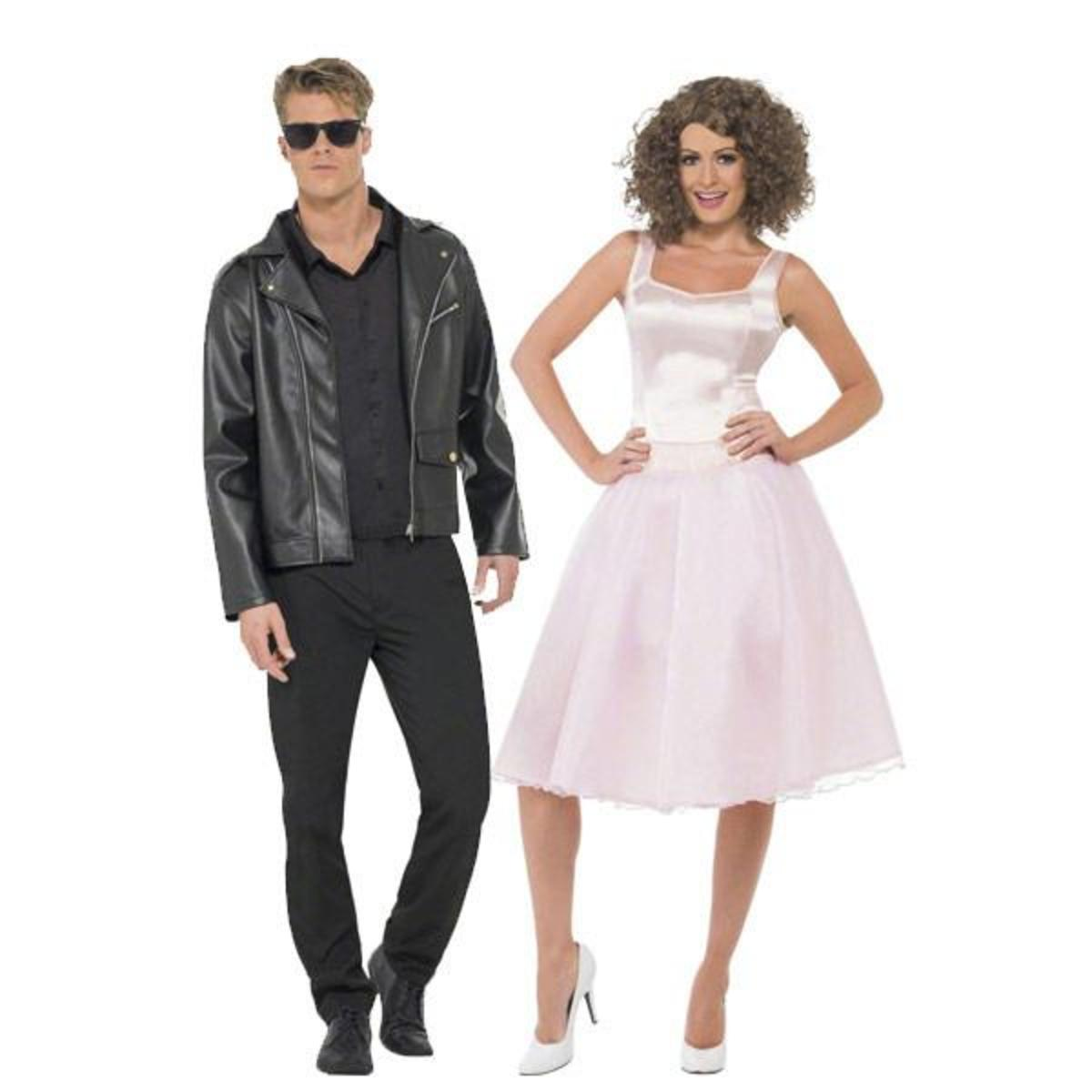 Dirty Dancing was a popular 1987 love story between Baby and Johnny. This is a fun, original, and easy idea for a couple's Halloween costume!