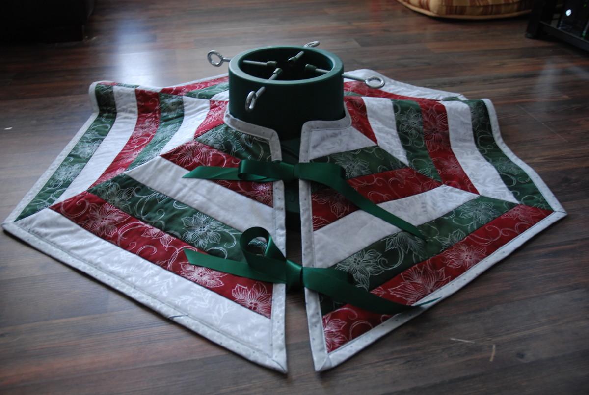 sew-a-christmas-tree-skirt