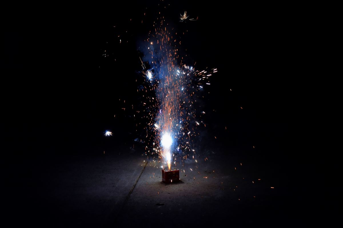 Crackers are noisy, wasteful, and pollutive. Let's ditch the fireworks this year!
