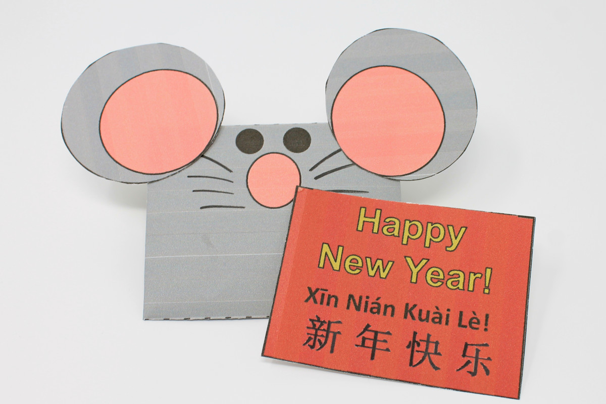 One of the templates above includes the pattern for this Chinese New Year card and rat envelope.