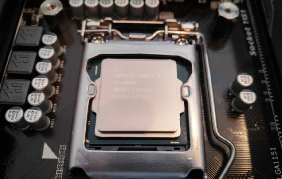 The Coffee Lake i5-8600k should reach 5GHz without a problem on a decent Z370 motherboard.