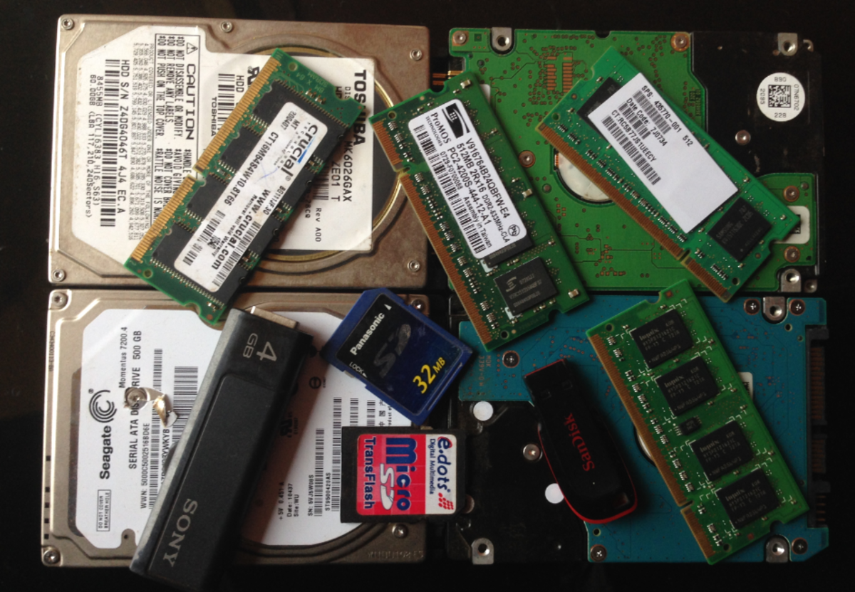 Computer memory devices
