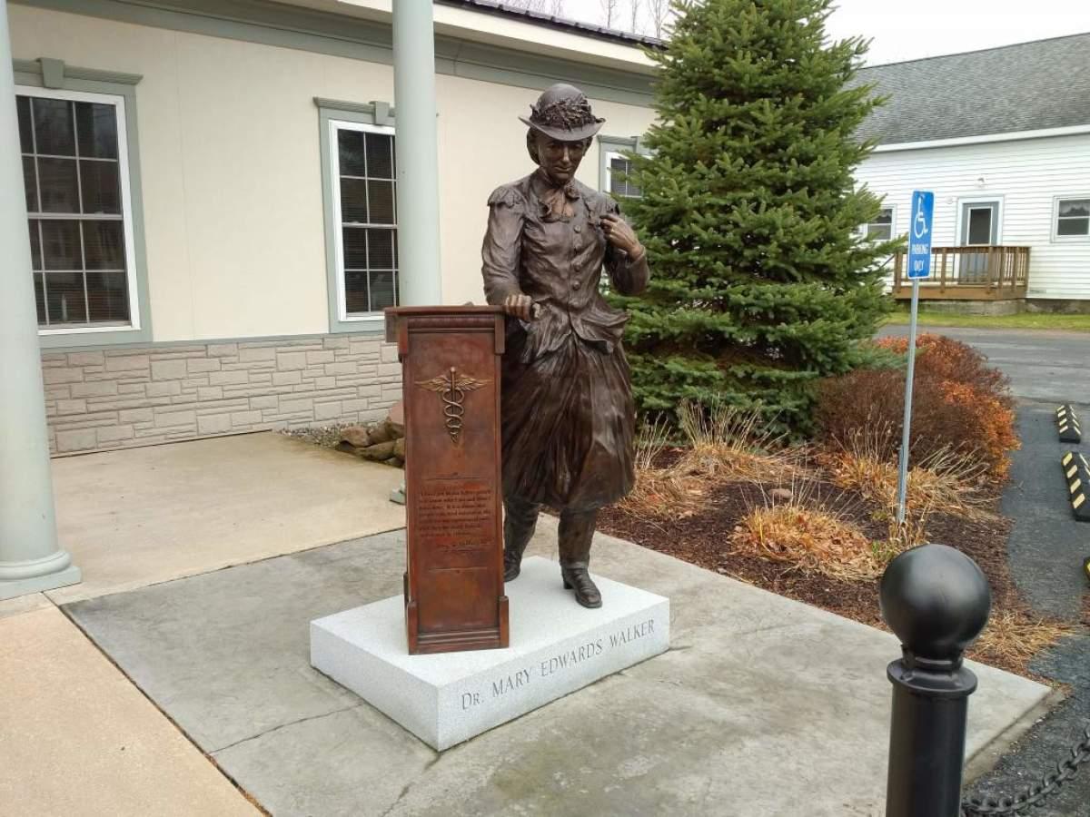 Bronze statue of Mary Walker
