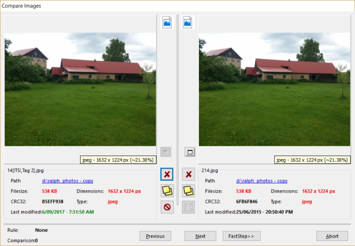 Similar PhotoPair displayed by SimilarImages