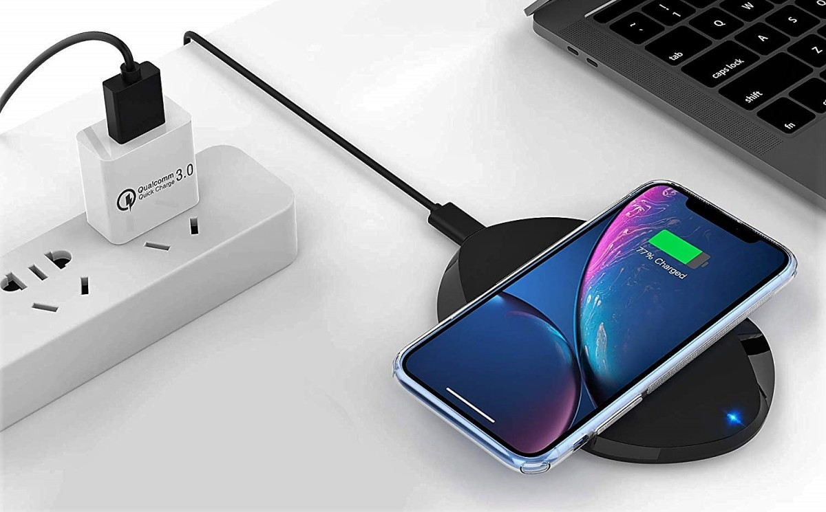 zttopo-wireless-charging-pad-best-iphone-qi-charger