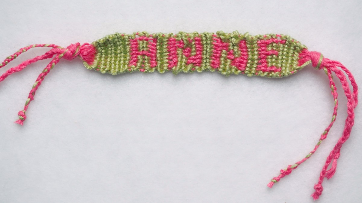 The finished bracelet.