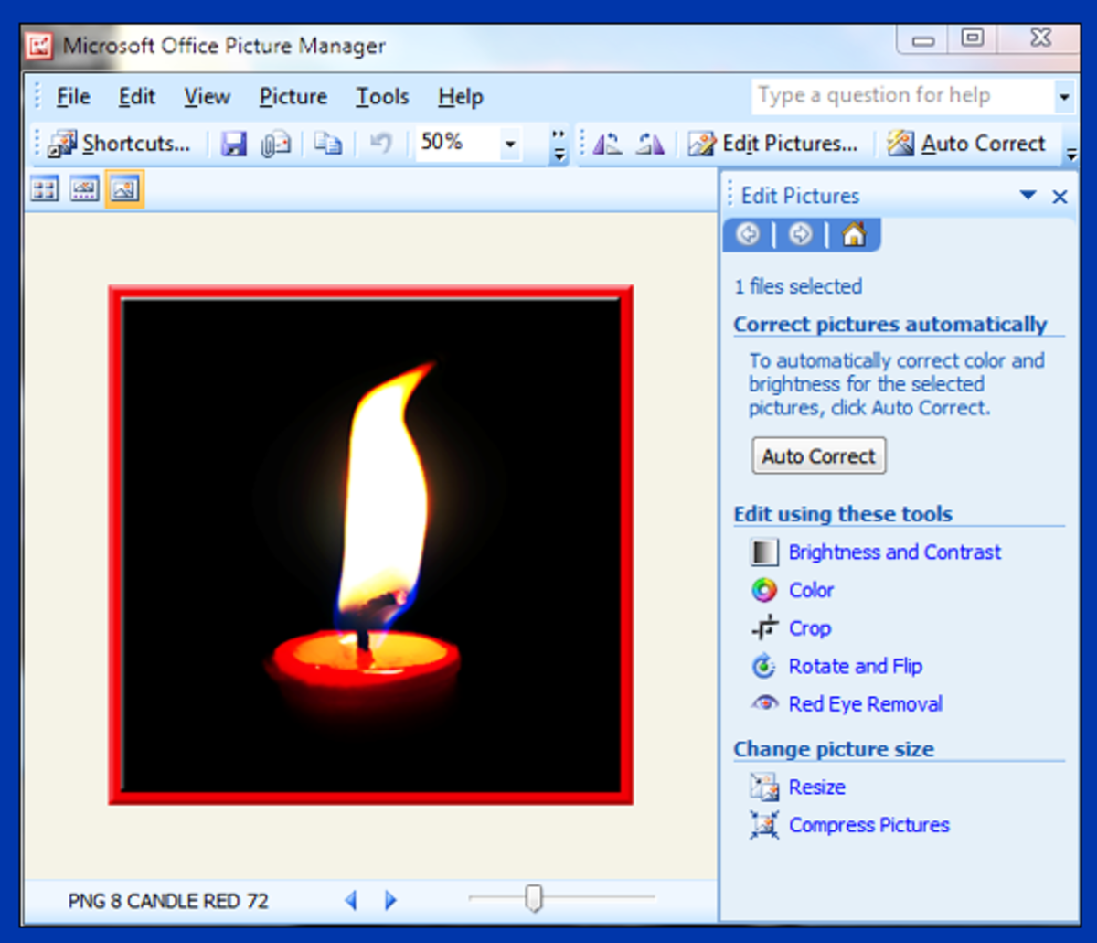 Screenshot 6. The Microsoft Picture Manager edit panel opens on the right.