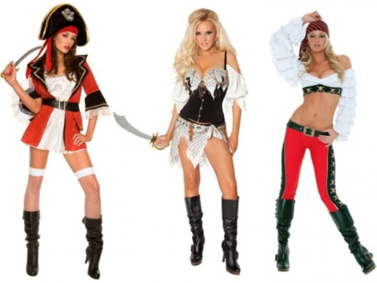 Women Halloween Pirate Costumes