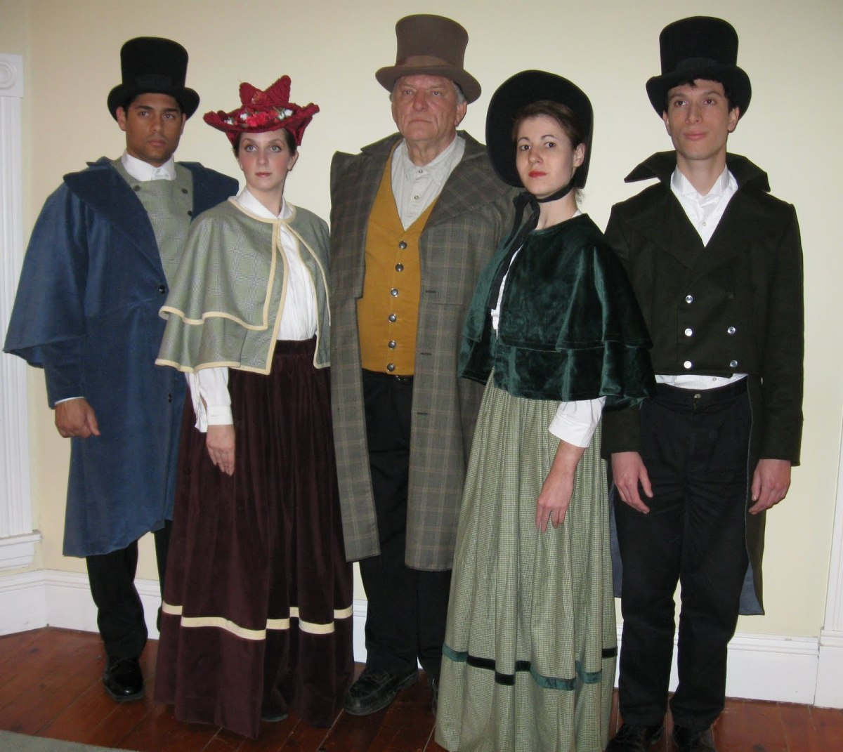 A Group Costume Perfect for Carolers