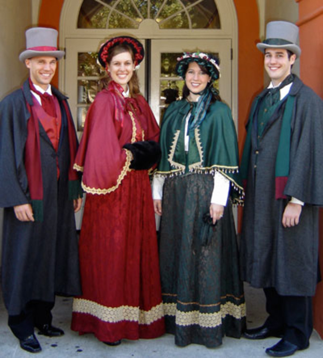 "Victorian Christmas Carolers Decorations: Ideas For Costumes Based On Dickens' ""A Christmas Carol"